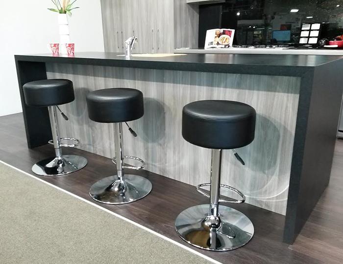 Black Bar Stools NZ : black bar stools from bar-stools.co.nz size 700 x 540 jpeg 246kB
